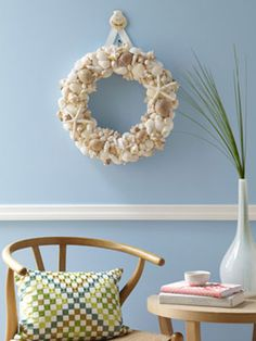 Craft How-to: Seashell Wreath