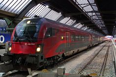 ÖBB Class 1116 Railjet (Siemens Taurus) at the end of her journey from Vienna at Zürich HB.
