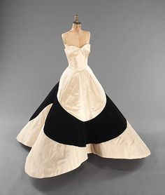 """Clover Leaf"" Designer: Charles James  (American, born Great Britain, 1906–1978) Date: 1953 Culture: American Medium: silk, synthetic Dimensions: Length at CB: 57 in. (144.8 cm) Credit Line: Brooklyn Museum Costume Collection at The Metropolitan Museum of Art, Gift of the Brooklyn Museum, 2009; Gift of Mrs. Cornelius V. Whitney, 1953 Accession Number: 2009.300.779"