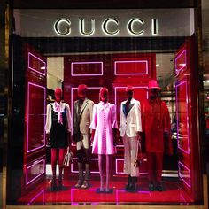 "GUCCI, Dubai Mall, Dubai, United Arab Emirates, ""If i'm not back in five minutes... just wait longer!"", creative by Chameleon Visual Ltd., pinned by Ton van der Veer"
