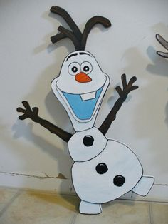 HAND MADE, SNOWMAN CHRISTMAS YARD ART DECORATION