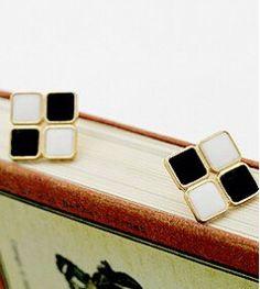 E061 ヨーロッパトレンディ豪華な エレガント ブラック ホワイト ブリ ンブ リン ライン ストーンスクエアスタッドピアス用女性ジュエリー