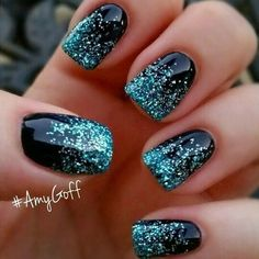 Stunning Glitter Tips - 20 Manicure Ideas to Try This Winter When Everything Else is Boring - Photos