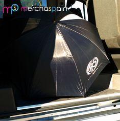 Paraguas personalizado realizado para Rafabus  www.merchaspain.com  #paraguaspersonalizados #promotionalumbrellas #Mallorca #regalospublicitarios #merchandising #quality #luxurygifts #raining #merchaspain #umbrellas #DIY #regalospersonalizados