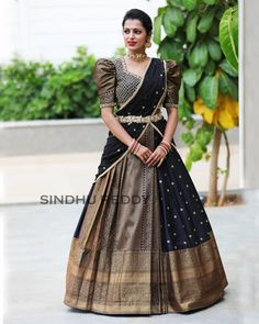 Saree Lehenga Designs For The South Indian Brides - Saree Styles Blouse Lehenga, Lehenga Saree Design, Lehenga Style Saree, Pattu Saree Blouse Designs, Half Saree Designs, Saree Blouse Patterns, Fancy Blouse Designs, Lehnga Dress, Lehanga Saree