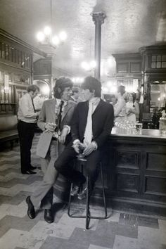 Toasting release from jail, 1967 Jagger and Richards in the pub, doing a Mirror photo call.
