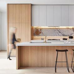 SkyOne Box Hill – an elegant mixing of materiality. @goldenagegroup #DKOinteriors #interiordesign #kitchendesign #melbourne #naturalstone @glluuxx @caesarstoneau @_danhocking_
