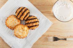 ***Receta de Galletas Samoas*** Aprende cómo hacer samoas caseras, las tradicionales galletas de las Niñas Exploradoras, para disfrutarlas cuando prefieras o para obsequiar.....SIGUE LEYENDO EN...... http://comohacerpara.com/receta-de-galletas-samoas_12825c.html