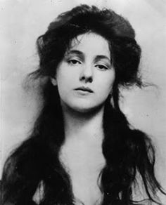 Evelyn Nesbit (December 25, 1884 – January 17, 1967) was an American artists' model and chorus girl, noted for her entanglement in the murde...