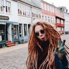 Elise Buch is too cute