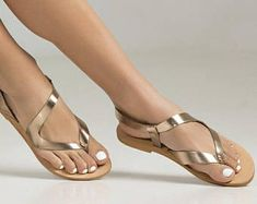 Let the summer breeze caress your feet with these beautiful and lightweight designed shoes Toe Ring Sandals, Shoes Flats Sandals, Toe Rings, Flip Flop Sandals, Gladiator Sandals, Leather Sandals, Ladies Slippers, Womens Slippers, Pretty Sandals