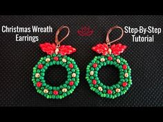 Easy step by step Christmas wreath earrings. List of materials: 80 beads - green, red and golden superduo (or tween or asmara) two-hole beads - red and golden 110 seed beads - green color ear wires Beaded Flowers Patterns, Beaded Earrings Patterns, Beading Patterns, Diy Beaded Earrings Tutorial, Earring Tutorial, Seed Bead Jewelry, Jewelry Making Beads, Diy Jewelry Inspiration, How To Make Earrings