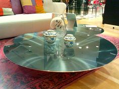 give a try to the ovni table from roche bobois