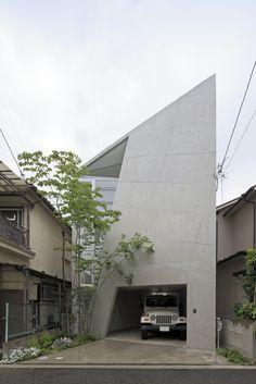 Kentaro Takeguchi + Asako Yamamoto