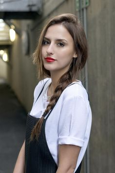Meet the Vegan Chef: Lucy Watson Lucy Watson, Made In Chelsea, Chelsea Girls, Autumn Street Style, Beautiful Actresses, Most Beautiful Women, Cute Hairstyles, Hair Trends, Her Hair