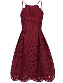 2e226b983fa7 Tmavě růžové krajkové šaty s tenkými ramínky Chi Chi London Laurie
