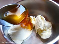My home ...: Πασχαλινά τσουρέκια , αφράτα και μυρωδάτα !! Greek Cookies, Pudding, Cake, Desserts, Blog, Recipes, Easter, Xmas, Tailgate Desserts
