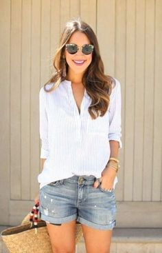 5c4bedef9a7 25 Summer Beach Outfits 2019 - Beach Outfit Ideas for Women in 2019 ...