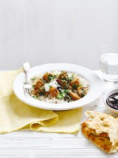 A quick and easy Goan chicken curry recipe – which makes use of a ready-made curry kit – takes the stress out of midweek cooking. Goan Chicken Curry, Healthy Chicken Curry, Healthy Curry Recipe, Healthy Indian Recipes, Goan Recipes, Curry Recipes, Cooking Recipes, Chicken Recipes, Curry Dishes