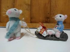 Your place to buy and sell all things handmade Needle Felted Animals, Felt Animals, Needle Felting, Excited Face, Felt Christmas, Christmas Ornaments, Cute Jumpers, Pet Mice, Felt Mouse