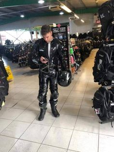 Bikers, Hypno, and Leather Bike Suit, Motorcycle Suit, Motorcycle Leather, Mens Leather Pants, Tight Leather Pants, Nylons, Latex Men, Biker Boys, Biker Gear