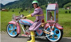 Meet Grayson Perry, the 49 year old motorcycle loving artist and transvestite that lives in London. As a child Perry had a teddy bear name Alan Measles, who was apparently the dictator and God of t. Photomontage, Grayson Perry Art, Jaguar, Bike Reviews, Lavender Color, Motorbikes, Harley Davidson, Biker, Funny Pictures