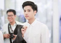 Xixixi my new favorit actor Bank Thiti, Dream Boy, Actor Model, Young Boys, Asian Men, Handsome Boys, My Eyes, Hot Guys, Thailand