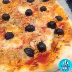 Pizza de atún, exquisita pizza elaborada con productos de calidad los cuales la hacen aun mas deliciosa.