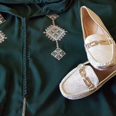 #jellabatime✌ #jellaba #3idmobarak #style #morocco #lifestyle Lifestyle, Brooch, Number 3, Caftans, Motifs, Couture, Instagram, Design, Fashion