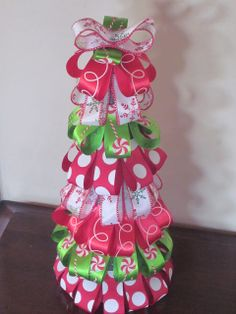 Will Work For Eskimo Kisses: Ribbon Christmas Tree