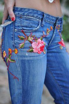 Resultado de imagen para embroidered jeans