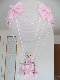 Lampara globo para decorar la habitación de tu bebe, disponible en muchos colores y estampados cuadritos, topitos, etc.. Puedes ver el blog y ver tu modelo http://lamparaglobo.wordpress.com/ llamar a Estefanía 609224784. Te asesoramos. Quedan preciosas.