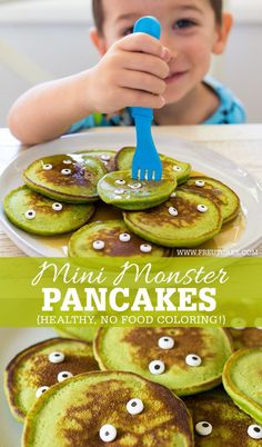 Healthy Halloween Monster Pancakes for Kids made with fresh spinach and no food coloring! Healthy Halloween Monster Pancakes for Kids made with fresh spinach and no food coloring! Halloween Breakfast, Breakfast For Kids, Breakfast Recipes, Breakfast Pancakes, Pancakes Kids, Fall Recipes, Baby Food Recipes, Gourmet Recipes, Holiday Recipes