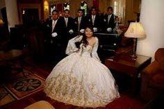 Resultado de imagen para mariachi quinceanera dress