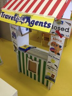 Travel Agent Idea - PBL idea for geography, sales etc Dramatic Play Area, Dramatic Play Centers, Around The World Theme, Holidays Around The World, School Themes, Classroom Themes, Airport Theme, Role Play Areas, Library Themes
