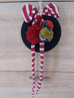 Crazy Daisy Day: DIY pentru Craciun 4th Of July Wreath, Daisy, Wreaths, Home Decor, Homemade Home Decor, Door Wreaths, Daisies, Deco Mesh Wreaths, Garlands
