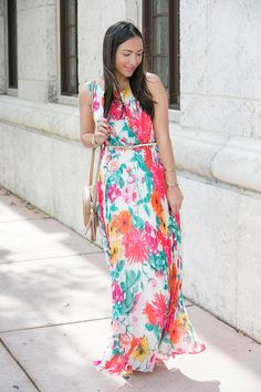 Maxi dress perfect for spring/summer and Mother's Day!