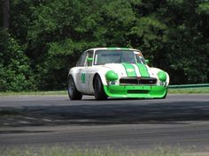 MGB GT-V8 of Les Gonda Heacock Classic Gold Cup at VIR 2010-Photo by Lewis Adams