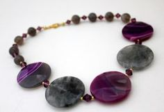 Necklace Purple Necklace handmade in Italy with agate faceted, swarovski, 925 silver gold plated. #artigianato #madeinitaly #collana #necklace #swarovski #argento #silver