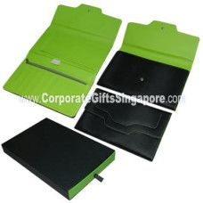 Corporate gifts customized as customer requirements prove immeasurably useful, popular corporate gifts are leather gifts, t-shirts, key chains, travel accessories to present fabulous gifts to employees.