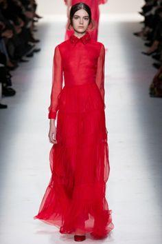 Sfilata Valentino Paris - Collezioni Autunno Inverno 2014-15 - Vogue