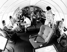 "Qantas 747-238B's ""Captain Cook Lounge"" - the ultimate in 70s travel!"