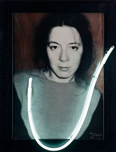 Liliane Vertessen - U or V (1985) @ Galerie Zwart Huis   Zeedijk 635, KnokkeTentoonstellingen