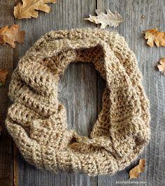 Lady by the Bay - 4 Hour Infinity Scarf Crochet Pattern häkeln einfach unendlich Schals 4 Hour Infinity Scarf — Lady By The Bay Quick Crochet Patterns, Crochet Designs, Easy Crochet, Free Crochet, Crochet Ideas, Crochet Scarves, Crochet Shawl, Crochet Clothes, Crochet Stitches