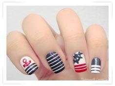Le blog de Mademoiselle Emma: Sunday Nail Battle - In The Navy