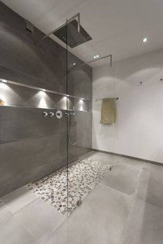 44 New Ideas for bathroom modern spa lighting Bathroom Toilets, Bathroom Renos, Bathroom Renovations, Big Bathrooms, Small Bathroom, Master Bathroom, Bathroom Modern, Minimal Bathroom, Bathroom Showers