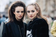 todosobrefashion: Models off duty street style at fashion week. Model Street Style, Rocker Style, Street Look, Models Off Duty, Fashion Week, Paris, Get Dressed, What To Wear, Autumn Fashion