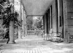 The Glen Foerd estate's mansion's front porch during the Macalester Era. www.glenfoerd.org