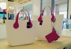 Bago, Hobo Bag, Fashion Bags, Purses And Bags, Burberry, Wallets, Clock, Footwear, Handbags
