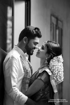 Memorable wedding photography pictures – get super plans from the photo examples. Kerala Wedding Photography, Affordable Wedding Photography, Professional Wedding Photography, Top Wedding Photographers, Bridal Photography, Couple Photography Poses, Candid Photography, Photography Ideas, Wedding Videos